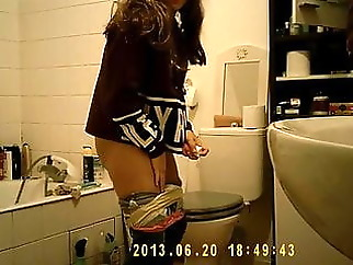 voyeur hidden camera amateur
