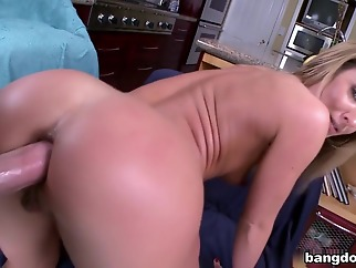big ass swallow сum facial
